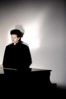 瑞士钢琴大师安德烈·汉弗里格音乐会